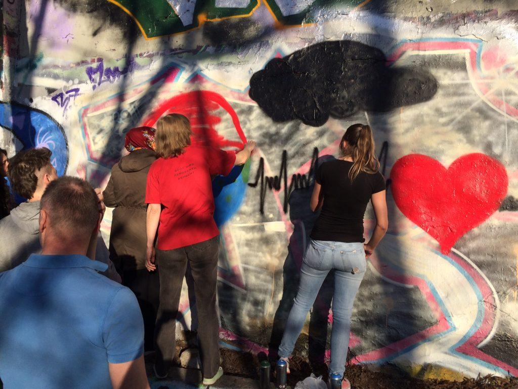 Erzieher*innen und Heilerziehungspfleger*innen Graffiti Weltgesundheitstag Burak Bektaş Gedenktag