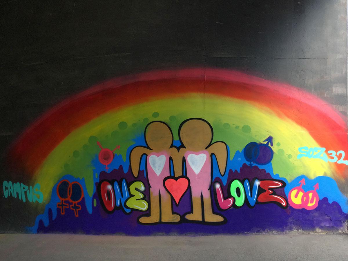Campus Berlin - Graffiti - Internationaler Tag gegen Homophobie, Transphobie und Biphobie