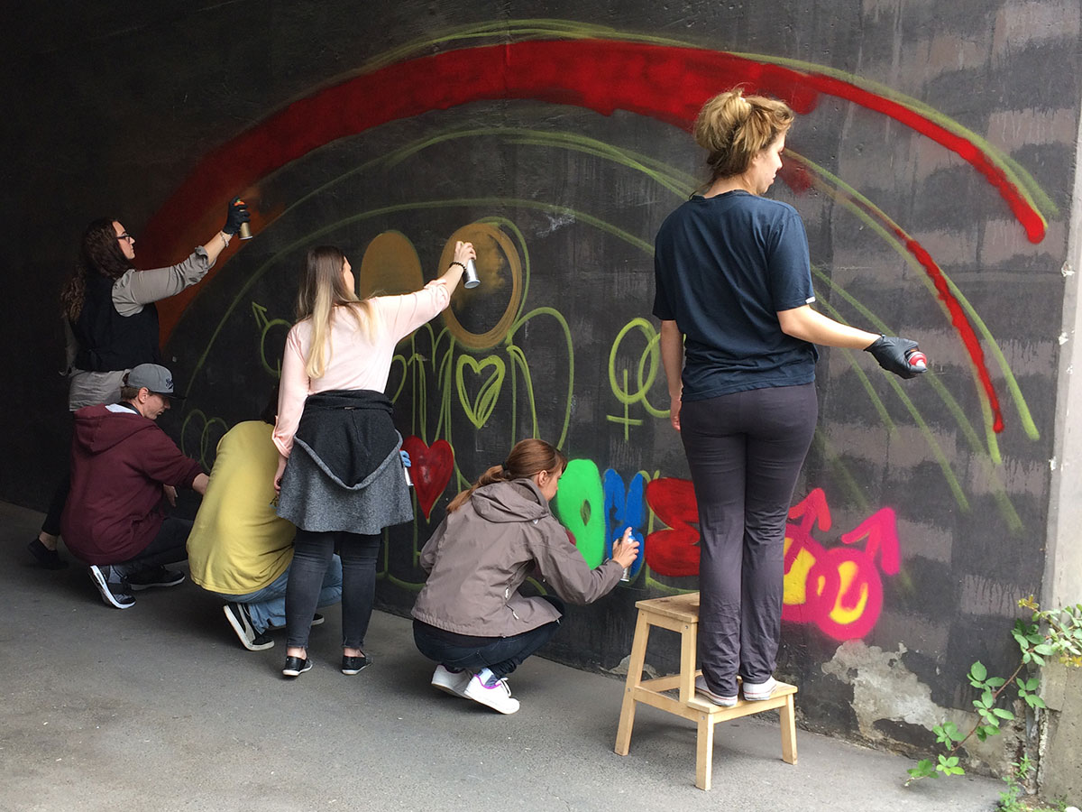 Campus Berlin - Graffiti - Internationalen Tag gegen Homophobie, Transphobie und Biphobie